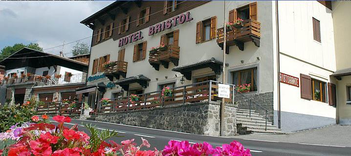 Hotel Bristol (Fiumalbo) Abetone